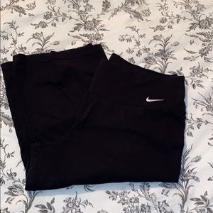 Nike workout yoga knee length relaxed fit